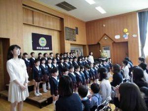 フレッシュな年長組の子どもたちから歌のプレゼント。